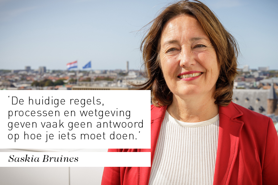 Interview bestuurder Saskia Bruines