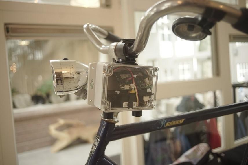 125 fietsers geven inzicht in luchtkwaliteit met sensor op fiets